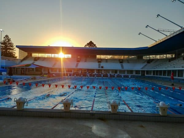 Beatty Park Leisure Centre - hier traint openwaterzwemmer Lars Bottelier tijdens zijn trainingsstage in Australie - Perth in 2019. In deze zwem blog series kan je hem volgen in zijn avonturen.