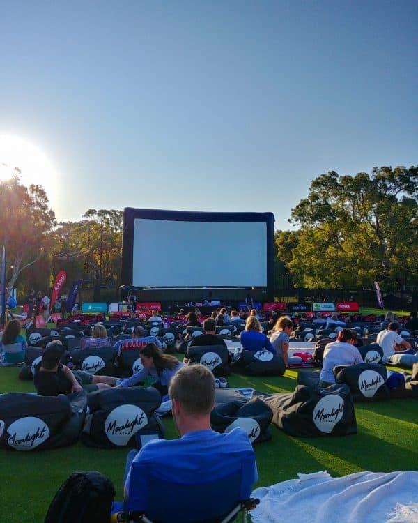 Moonlight cinema Australië Perth - Lars Bottelier gaat voor de Olympische Spelen in 2024 Parijs. Volg zijn Road to Parijs in zijn zwemblog.