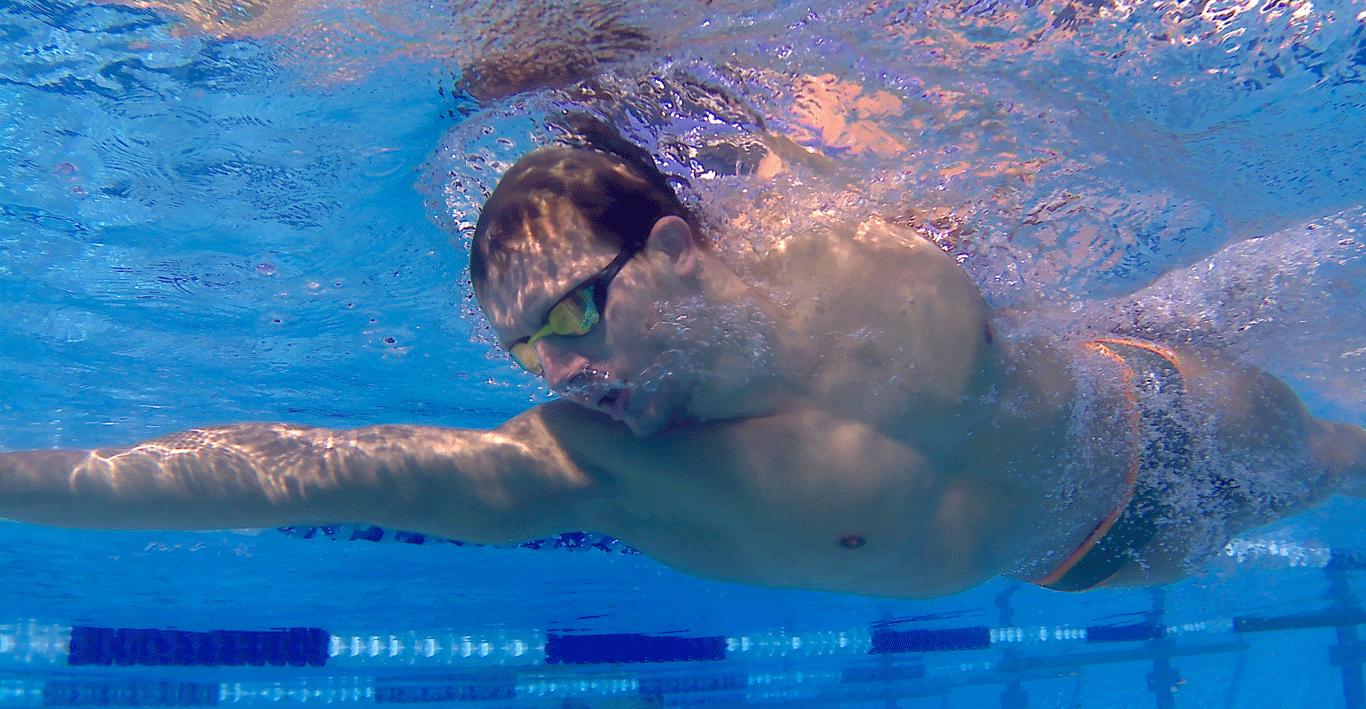 Volg Lars zijn Road to Parijs 2024 - als professionele zwemmer doet hij er alles aan om zijn doelen te bereiken.