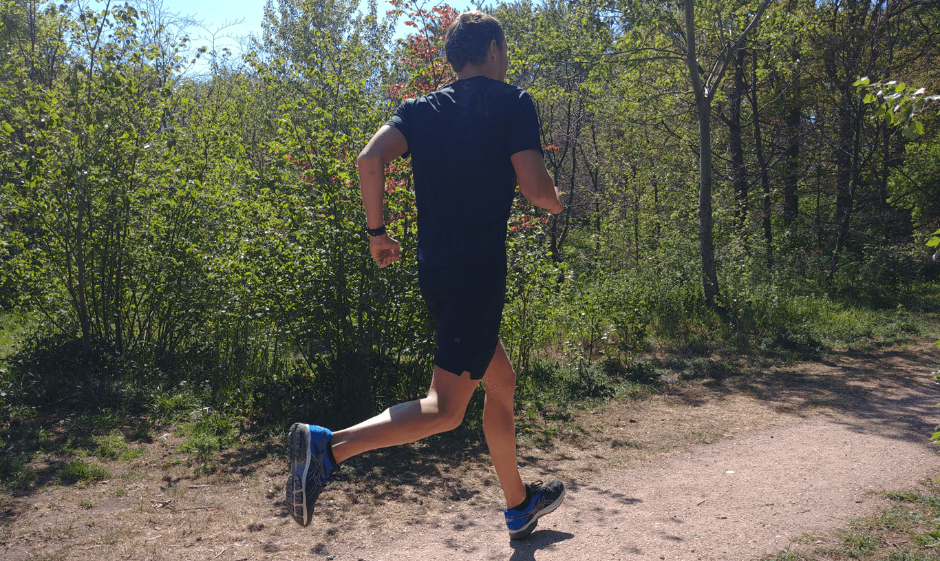 Running is a good workout which can help you to stay fit. When you can't swim in open water running is a good cardio workout and training. Lars Bottelier - professional open water swimmer is going to tell you all the pros and cons when running as a swimmer.