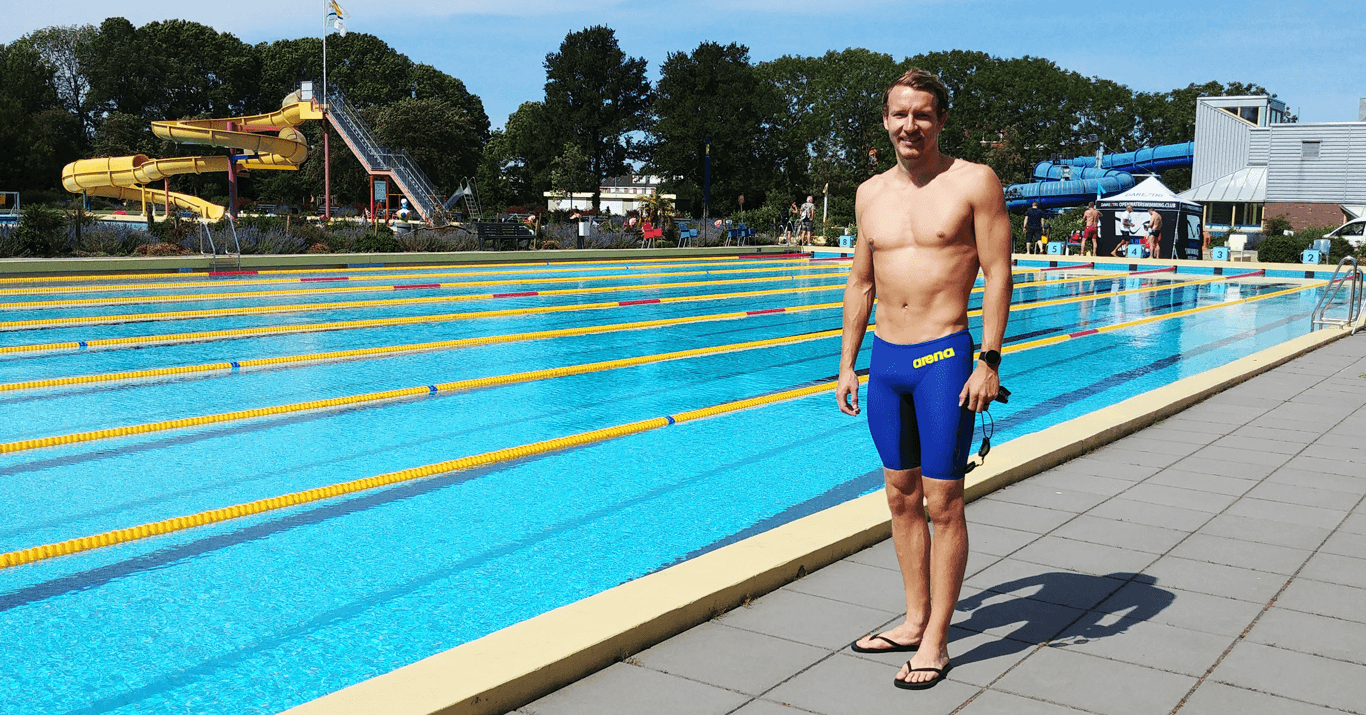 Swimmer Lars Bottelier is telling you in his swim blog about his Road to Paris 2024. How are swim races in times of these crisis? Swimming season 2020 - 2021 has started for open water swimmer Lars Bottelier. This swim challenge in Volendam (the Netherlands) was the start of it from openwaterswimming.club