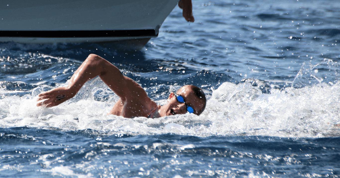 Lars Bottelier gaat deelnemen aan zijn eerste Europese Kampioenschap in Budapest, Hongarije - op weg naar de Olympische Spelen van Parijs in het openwaterzwemmen